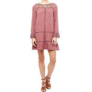 🆕 DOE & RAY Violet Crochet Shift Dress